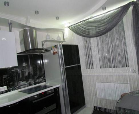 Кисея в интерьере кухни